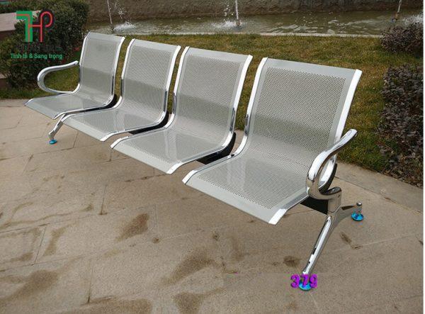 ghế băng chờ