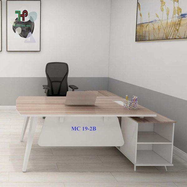 bàn làm việc nhân viên