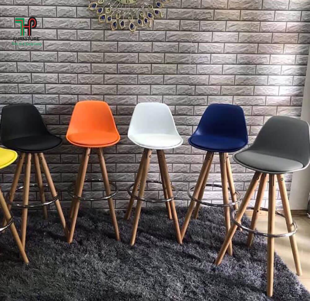 Ghế bar nhựa chân gỗ
