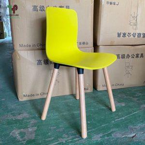 Ghế cafe nhựa chân gỗ