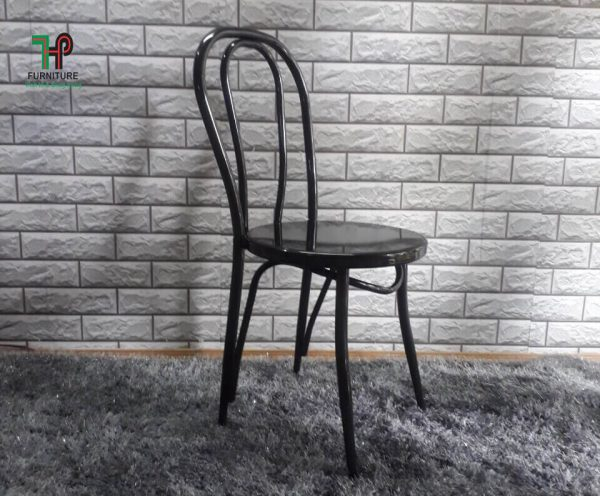 ghế ngồi trong quán