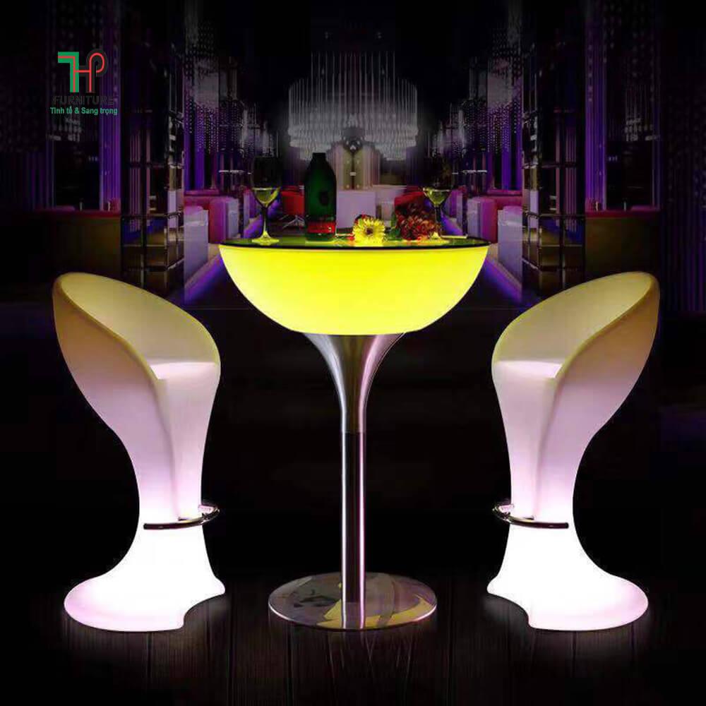 bàn ghế quầy bar phát sáng