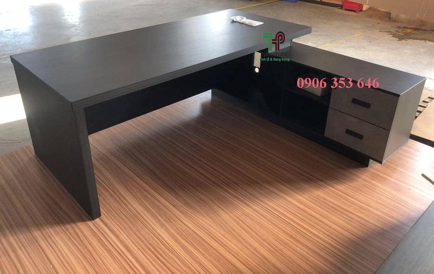 bàn giám đốc tphcm (1)